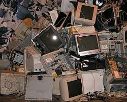 Retirar sucata de informatica