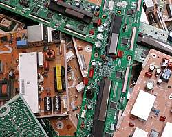 Reciclagem de sucata placas digitais