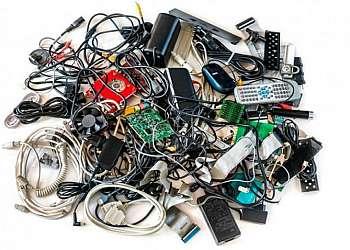 Descarte de componentes eletrônicos