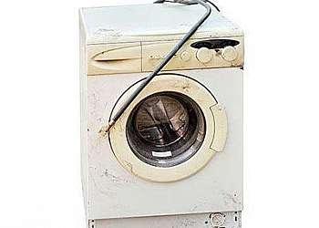 Descarte de eletrodoméstico com avaria