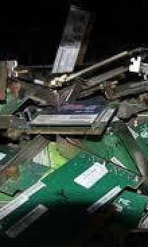 Empresa que compra lixo eletrônico